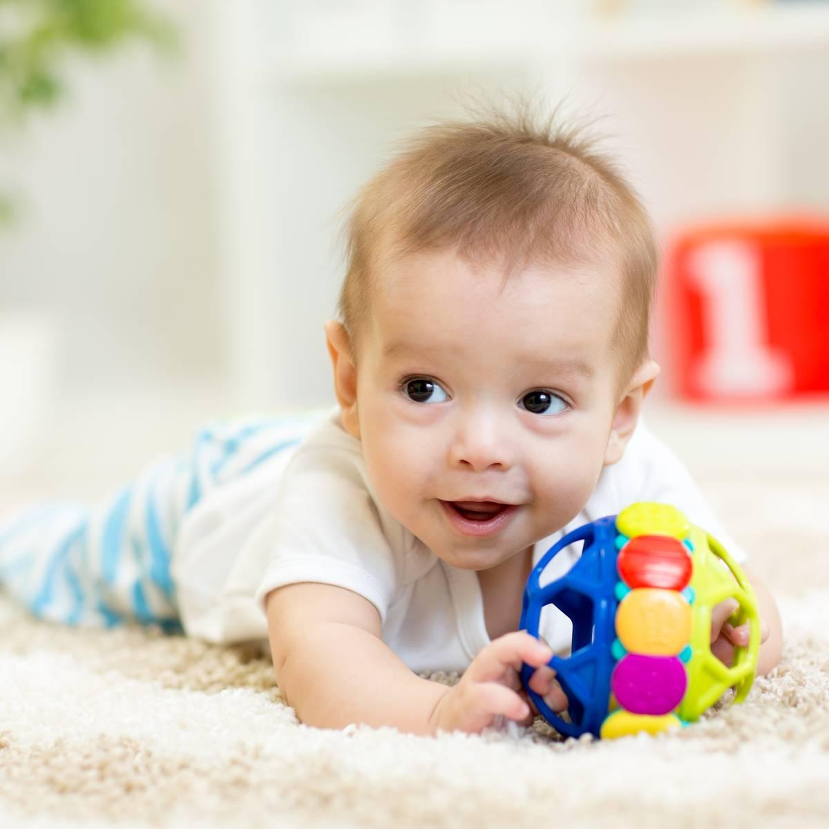 Bébé qui ne rampe pas